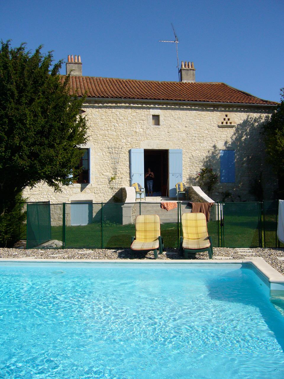 La Roche - Swimming Pool