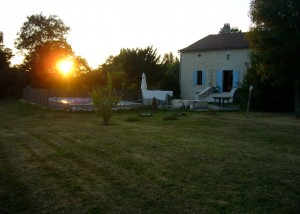 La Roche - Rear Garden with Sunset